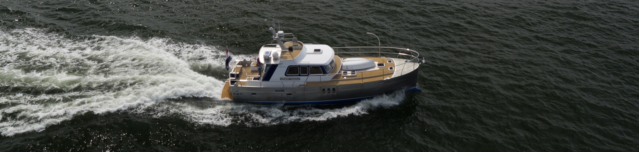 Korvet14CLR aluminium motor boat underway on the North sea